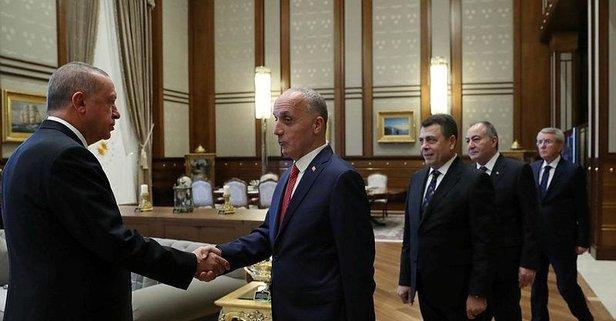 Başkan Erdoğan, Türk-İş Heyetini Kabul Etti