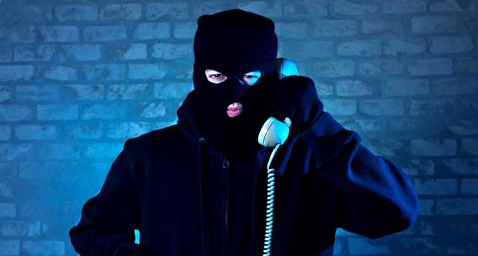 Dolandırılıyordu, Bankanın Güvenlik Görevlisi Engelledi
