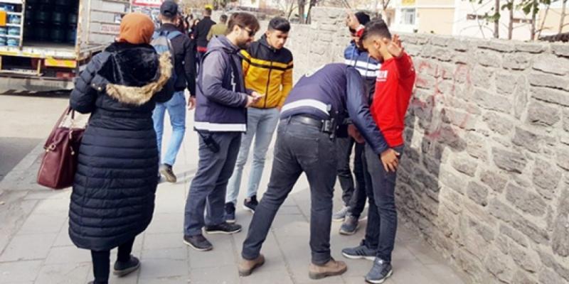 Okul Polisi ve Özel Güvenlik Uygulaması Yapıldı
