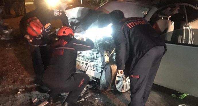 Trafik Kazası: Özel Güvenlik Görevlisinin Kullandığı Araç Kafa Kafaya Çarpıştı