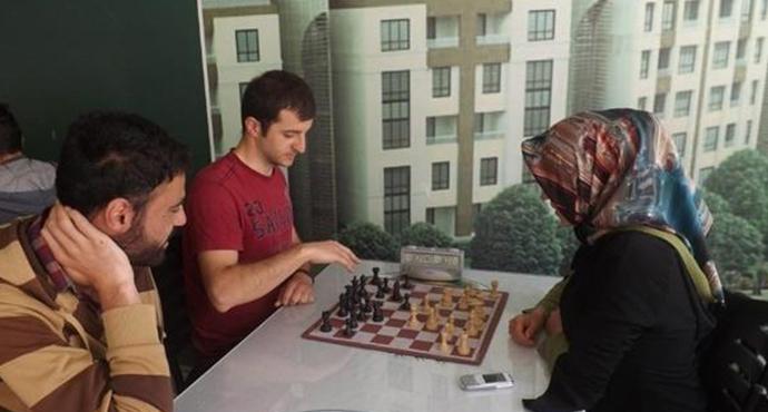 Özel Güvenlik Görevlisi Kardeşlerden Satranç Turnuvası