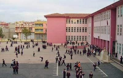 984 Okul ve Servis Çalışanı Sabıkalı Çıktı
