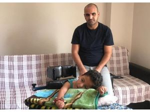 Maaş Haczi Nedeniyle Engelli Oğluna Bakmakta Zorlanıyor
