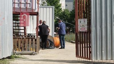 Metro Şantiyesinde Güvenlik Görevlisini Silahla Tehdit Edip 15 Bin Liralık Kabloyu Çaldılar