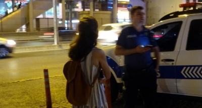 Metrobüsteki Tacizciyi Güvenlik Görevlisi Yakaladı