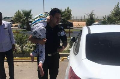 Özel Güvenlik Otomobilde Bırakılan Engelli Çocuğu Kurtardı