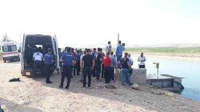 Şanlıurfa'da Kamyonet Sulama Kanalına Düştü. Özel Güvenlik Görevlisi Akıntıda Kayboldu