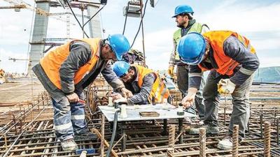 Taşeron İşçiler Sendikalı