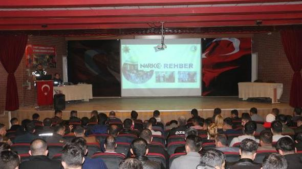 Bekçi, Zabıta ve Özel Güvenlik Görevlilerine 'Narko Rehber' Semineri Verildi