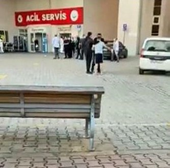 Kocaeli'de 'maske tak' diye uyaran güvenlik görevlisine testereyle saldırdı