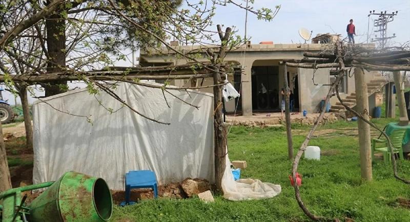 Özel Güvenlik Görevlisi Evinin Bahçesine Kurduğu Çadırda Kendisini Karantinaya Aldı