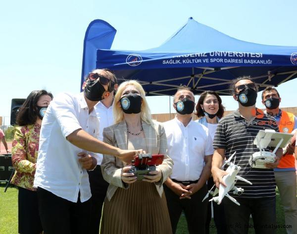 Türkiye'nin ilk özel güvenlik dron ekibi Akdeniz Üniversitesi'nde