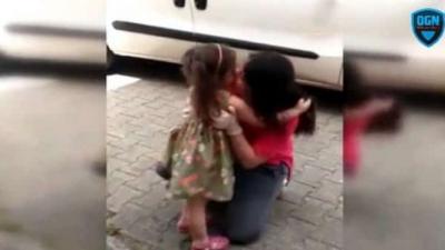 Koronayı Yenen Güvenlik Görevlisi Anne, Kızına Özlemle Sarıldı