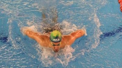Milli Yüzücü Özel Güvenlik Görevlisine Sponsor Oldu