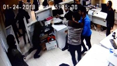 DEDAŞ'ı Basan İşletme Sahibi Özel Güvenlik Görevlilerine Saldırdı